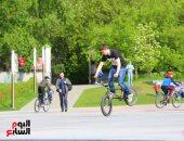 صورة اليوم.. تحدى مهارات الدراجات فى ميادين روسيا