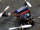 باحثون يطورون طائرات بدون طيار يمكنها حمل أشياء أثقل 40 مرة من وزنها