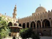 شاهد.. وزارة الآثار تبدأ أعمال ترميم مسجد الطنبغا الماردانى بالدرب الأحمر
