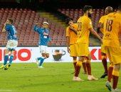 ملخص وأهداف مباراة نابولي ضد روما فى ديربى الشمس