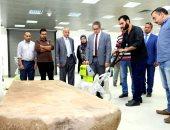 صور.. وزير الآثار يتفقد المتحف القومى للحضارة لمتابعة آخر استعدادات الافتتاح