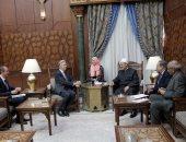 سفير بريطانيا بالقاهرة: الأزهر يحظى بمصداقية كبيرة فى بلادنا