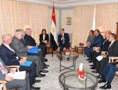 الرئيس السيسى يلتقى فى مقر إقامته ببرلين وزير الداخلية الألمانى