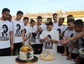 شاهد.. احتفال لاعبى دورادوس المكسيكى بعيد ميلاد الأسطورة مارادونا