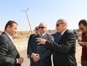 محافظ القاهرة يتفقد أعمال النظافة فى حى شرق مدينة نصر