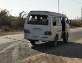 قارئ يرصد ميكروباص بدون أبواب وشبابيك بمنطقة عبد القادر فى العامرية
