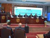 """رئيس جامعة سوهاج يشهد مؤتمر """"الآفاق الجديدة فى علاج السرطان"""""""