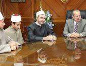 محافظ كفر الشيخ يتابع العملية التعليمية بالمعاهد الأزهرية ولجان الفتوى