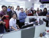 طلاب إعلام النهضة يطلعون على آخر تطورات صناعة الميديا بصالة تحرير اليوم السابع
