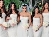 ناقد موضة يحلل إطلالات وصيفات العروس: الأسود والموف الأكثر لفتا للأنظار