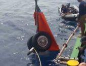 صور.. الغواصون يواصلون انتشال حطام الطائرة الإندونيسية