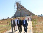 محافظ جنوب سيناء يتابع إنهاء أعمال الجداريات ويشيد بما تم إنجازه