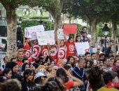 صور.. جمهور مهرجان أيام قرطاج يتحدى الإرهاب بالفن فى شارع الحبيب بورقيبة