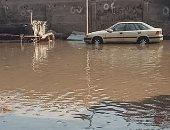أمسك مخالفة.. انفجار خط مياه رئيسى بشارع المطاحن فى شبرا الخيمة