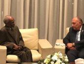شكري يلتقى مع الرئيس التنفيذى ورئيس لجنة نقاط الاتصال بالآلية الأفريقية لمراجعة النظراء