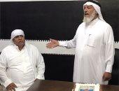 وهل جزاء الإحسان إلا الإحسان.. شاهد هدية سعودى لعامل مصرى بعد خدمة 35 عاما