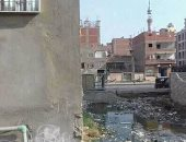 مياه الصرف الصحى تحاصر شارع الجمهورية بالخانكة