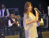 """علامات الحمل تظهر على نانسى عجرم خلال حفلها بـ""""لاس فيجاس"""".. صور وفيديو"""