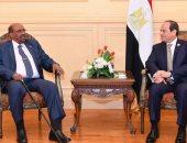 الرئيس السيسي يبحث مع نظيره السودانى مشروعات الربط الكهربائى والسكك الحديدية