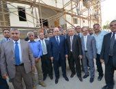 صور.. رئيس مجلس الدولة فى زيارة مفاجئة لمجمع محاكم المجلس بقنا