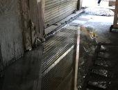 صور.. مياه الصرف الصحى تغرق الشوارع بمحيط مسجد الحسين
