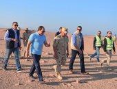 الرئيس السيسى فى جولة تفقدية لأعمال إنشاء طريق النفق - شرم الشيخ