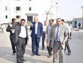 رئيس جامعة بنى سويف: تخصيص أماكن انتظار للسيارات حفاظا على المظهر الجمالى