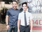 ابن الصقر طيار.. شاهد كيف احتفل أحمد حسن بابنه عقب انضمامه لأكاديمية طيران