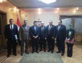 أشرف صبحى يلتقى وفد وزارة الشباب والرياضة اللبنانى