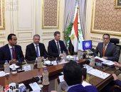 """رئيس الوزراء يلتقى مسئولى """"ميرسك"""" العالمية لجذب خطوطا ملاحية لشرق بورسعيد"""