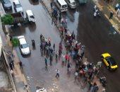 مياه الأمطار تحاصر المحلات برأس البر فى دمياط ومناشدة بشفطها لتفادى الخسائر