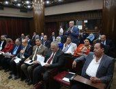 مستشار وزير التجارة بالبرلمان: أوتوبيسات العاصمة الإدارية تعمل بالكهرباء