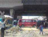 شكاوى من قيادة الصبية للتوك توك وسيارات السيرفيس أسفل كوبرى العامرية بالإسكندرية
