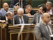 صور.. رئيس البرلمان: مجانية التعليم لا مساس بها من قريب أو بعيد