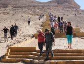 وفد أوروبى يزور معالم المنيا الأثرية والسياحية