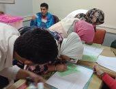 صور.. انطلاق جولة الإعادة بـ9 كليات بجامعة بنها فى انتخابات اتحاد الطلاب