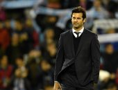 """سولاري يطالب رئيس ريال مدريد بمهاجم """"سوبر"""" لحل أزمة الهجوم"""
