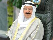 أمير الكويت يحضر عزاء والد النائب خالد الشطي