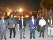 صور.. مسئولو الأقصر و900 مواطن يحضرون عرض صوت وضوء مجانى فى العيد القومى