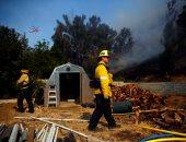 صور.. الطوارئ الأمريكية تبحث عن 200 شخص مفقود بحرائق الغابات فى كاليفورنيا
