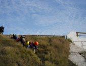 مهاجرو أمريكا الوسطى يعبرون الجبال والوديان للوصول للولايات المتحدة