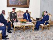السيسى يتسلم رسالة من نظيره الغيني.. ويؤكد: التعاون بين الدول الأفريقية أولوية