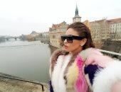صور.. سر تواجد مى سليم فى العاصمة التشيكية براج