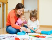 العيال بتطلع لأمها.. دراسة: السمات الشخصية للأمهات تؤثر على علاقات الأطفال