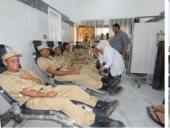 """""""الداخلية"""" تنظم حملات للتبرع بالدم بمشاركة طلبة الأكاديمية وضباط المديرية.. صور"""