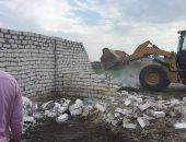 إزالة 28 حالة تعدى على الأراضى الزراعية و33 حالة اشغال طريق بدمياط