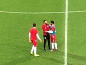 """صور .. سلام """"حار"""" بين جنش وثنائى الزمالك قبل مباراة مصر وتونس"""