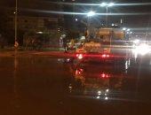 صور .. غرق 3 مناطق غرب الإسكندرية بمياه الأمطار يعرقل حركة المرور