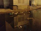 غرق شوارع حى الضواحى ببورسعيد فى مياه الصرف.. والأهالى يستغيثون