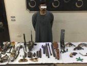 ضبط 25 قطعة سلاح و3 كيلو حشيش وتنفيذ 2078 حكما قضائيا بحملة أمنية فى سوهاج